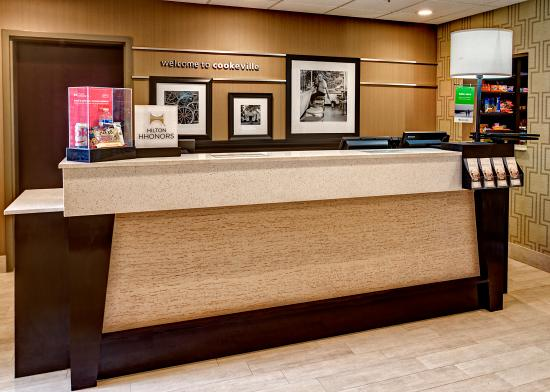 Cookeville, Tennessee: Front Desk