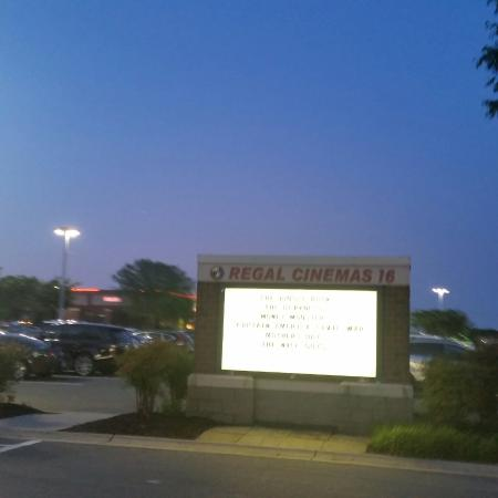 Regal Westview Stadium 16 & IMAX