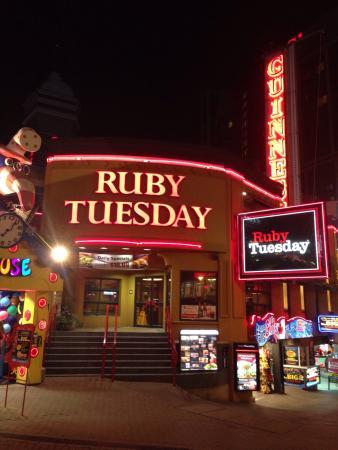 Ruby Tuesday Restaurant Niagara Falls Ontario