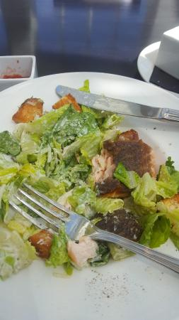 Lord Jeffery Inn: Caesar salad with seared salmon