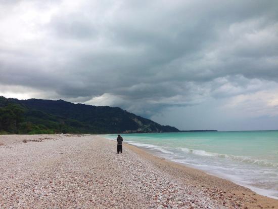 West Timor, Indonesien: Surga yang terisolasi di ujung Timor