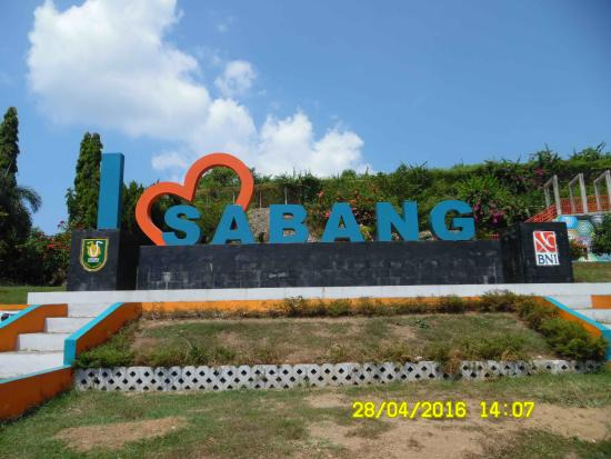 "‪‪Pulau Weh‬, إندونيسيا: This is the photo of ""I Love Sabang"" Monument in Weh Island‬"