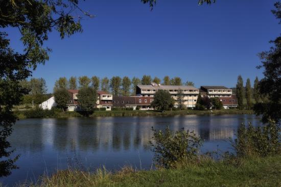 Photo of Hotel Du Lac La Mezelle Bourbonne-les-Bains
