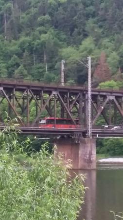 Bullay, Tyskland: Doppelstockbrücke