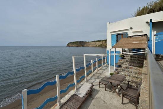Terrazza - Foto di Azzurromare Residence, Isola di Procida ...