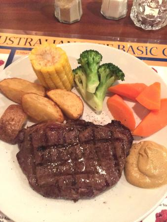 Jake's Charbroil Steaks: Main course