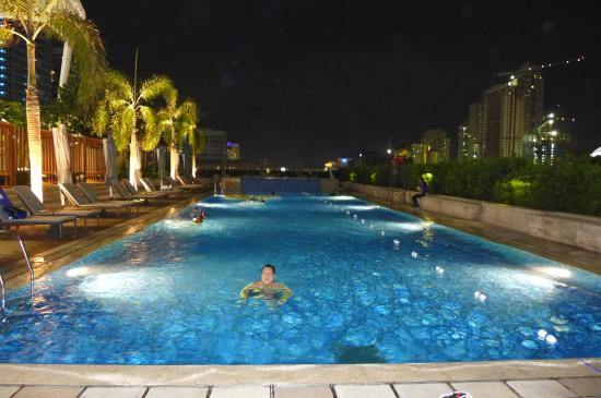 Tennis Court Shangri La At The Fort Picture Of Shangri La At The Fort Manila Taguig City