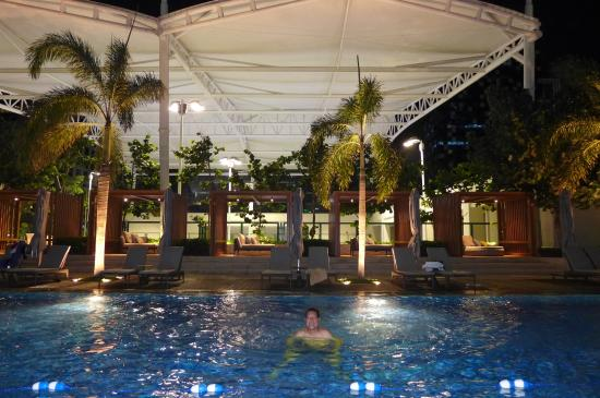 pool time shangri la at the fort picture of shangri la at the fort manila taguig city