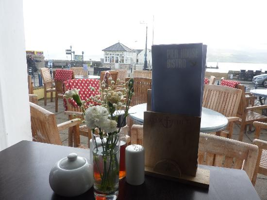 Beaumaris, UK: Best seat inside the restaurant, but cosy rugs provided outside if it's a bit chilly!