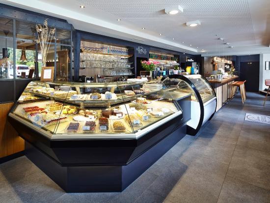 Hotel Klingler: Kuchen- und Torten im Café-Restaurant Klingler