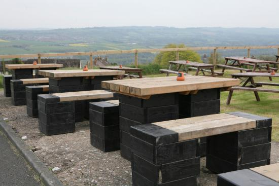 Heddon-on-the-Wall, UK: Outdoor seating