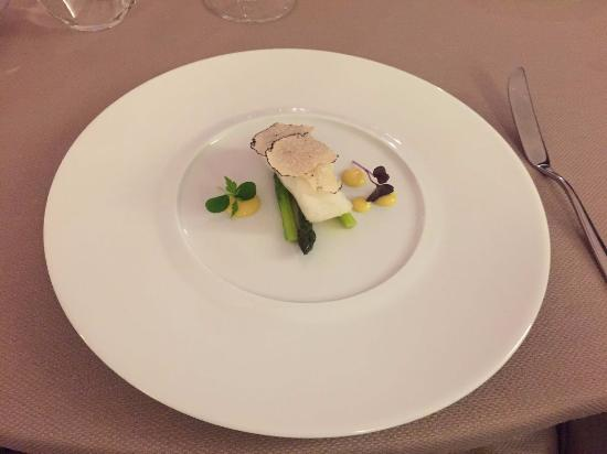 Govone, İtalya: antipasto 2 - merluzzo e asparagi
