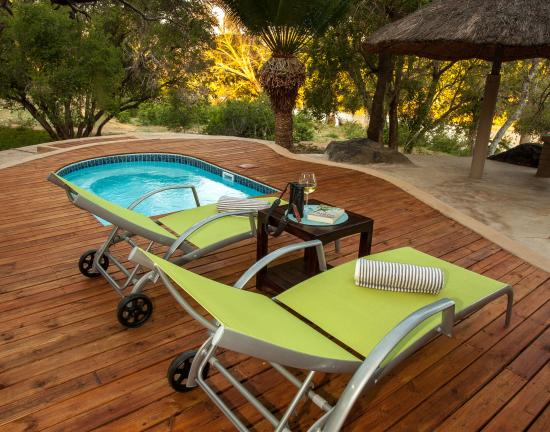Balule Private Game Reserve, Güney Afrika: Croc Cottage Deck/pool area