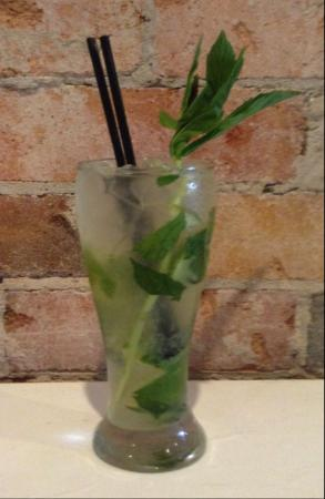 Lime Mexican Tapas Restaurant and Bar: mojito