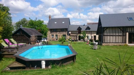 Notre-Dame-du-Touchet, France : tel 0233618360
