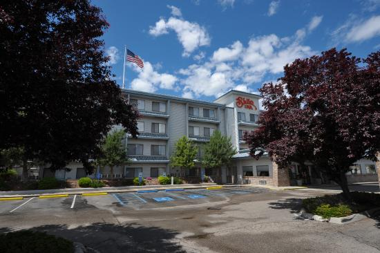 Shilo Inn Suites - Nampa Suites: Welcome to Shilo Inns
