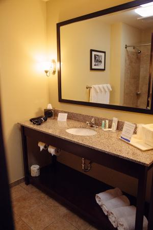 Tunkhannock, Pensilvania: Bath Vanity