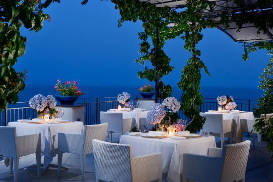 Terrazza San Valentino Picture Of Hotel Raito Vietri Sul