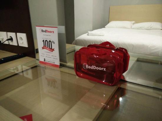 reddoorz mangga besar 5 prices b b reviews jakarta indonesia rh tripadvisor com