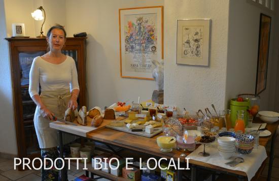 Casa Ambica: Biologisches Frühstücksbuffet