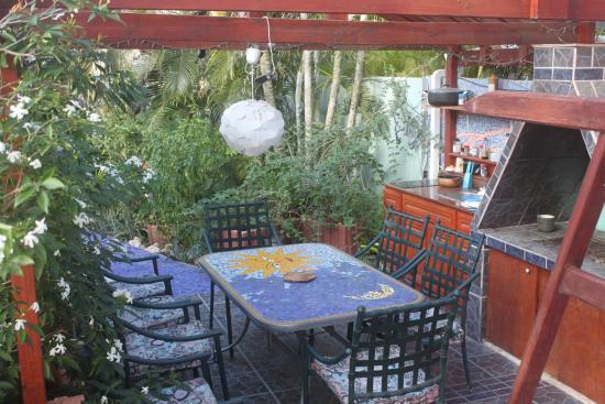 Villa Sunflower: Extra Outdoor Kitchen