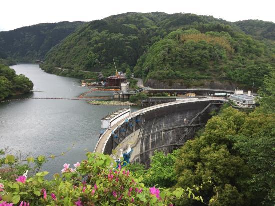 宇治川唯一の多目的ダム - 天ケ...