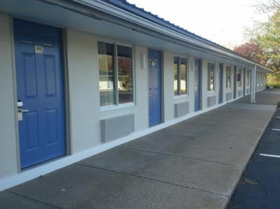 Brand New Exteriors Doors Windows Sidewalks Asphalt Picture