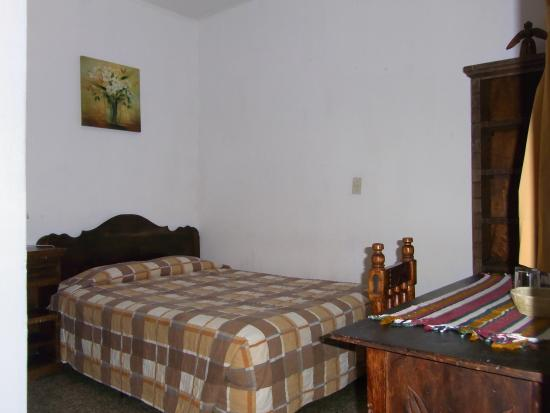 Posada La Merced Antigua: Room with one double bed