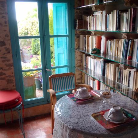 Trebes, Frankrike: Lounge in the Loft