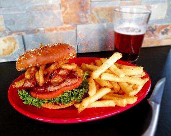 Tok, AK: Gourmet Burgers & Alaska Craft Beer