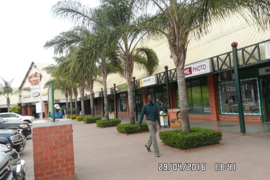 Arcades Shopping Mall
