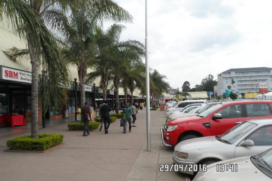 Arcades Shopping Mall