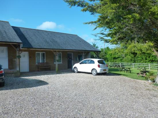 Square & Compass Inn: Stable Block lodges