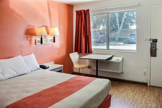 Motel 6 King City: Guest Room