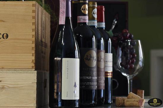 Torgiano, İtalya: Vini Umbri