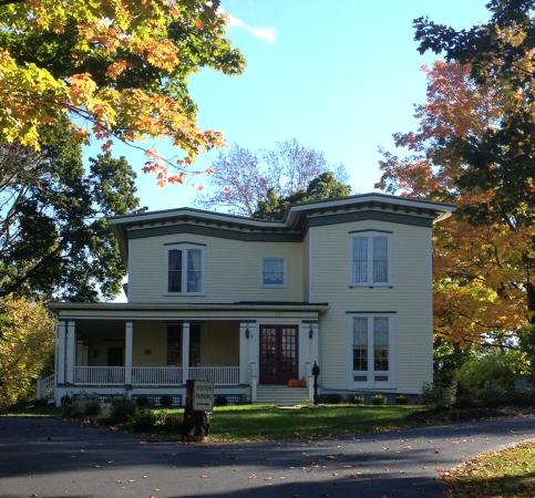 Finger Lakes Bed & Breakfast: Fall is gorgeous in the Finger Lakes