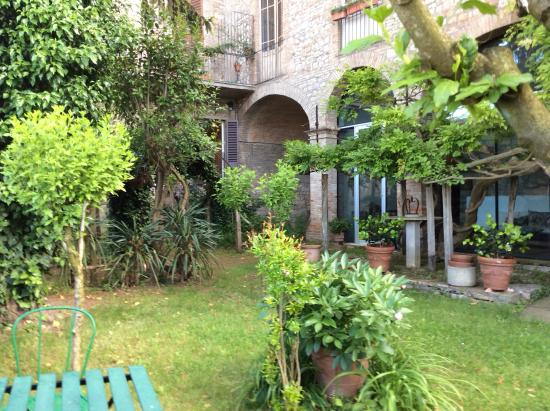 Residenza d´Epoca San Lorenzo Tre: Lovely gardens for all guests