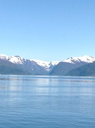 Balestrand Hotel: Peaceful serenity. Grounds are also amazing and well loved!