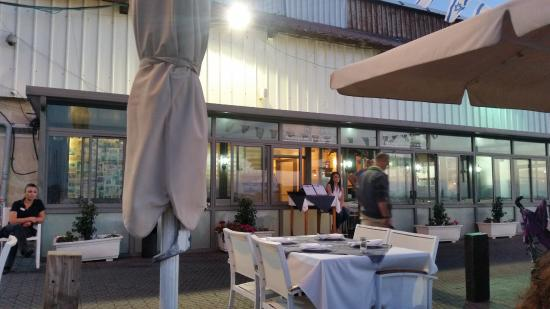 Fisherman S Restaurant Ресторан