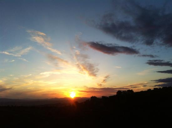 Stunning sunsets at Relais Il Canalicchio