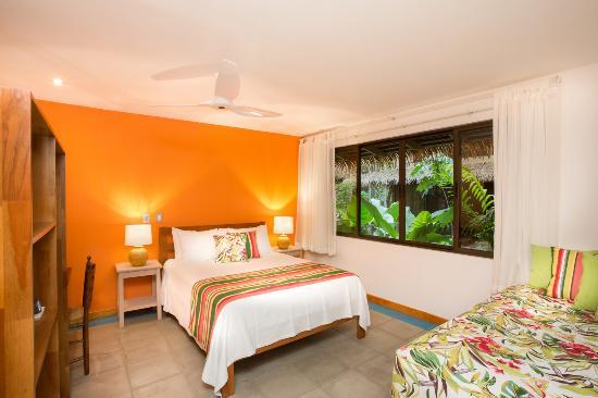 Olas Verdes Hotel