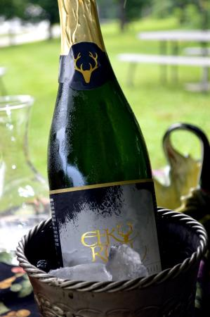 Elk Run Vineyards : Champagne