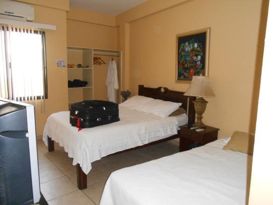 Hotel Casa de España: habitacion