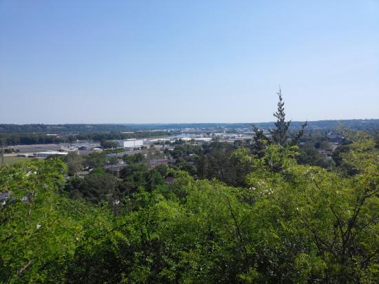 Dubuque, IA: Eagle Point Park gives a great perspective of the city