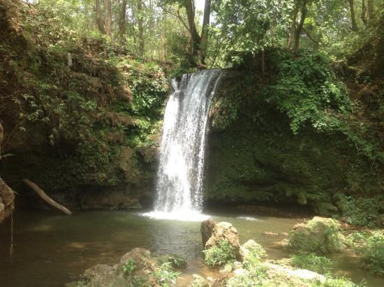 Corbett Falls: Beautiful