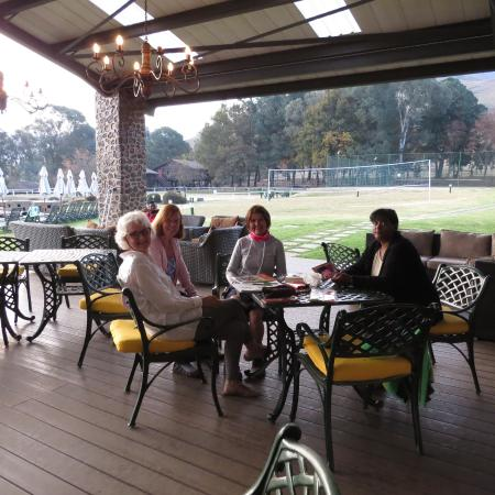 Underberg, South Africa: Meeting of new friends on the sun deck