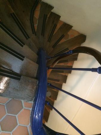 Hotel du Dragon: Escalier