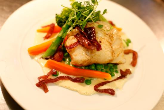 """Naboen: Seasonal Norwegian """"skrei"""" cod fish"""