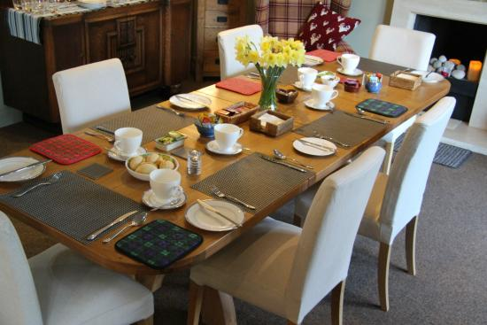 Glenlivet, UK: Breakfast table