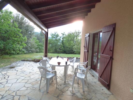 Quillan, Francja: terraza exterior